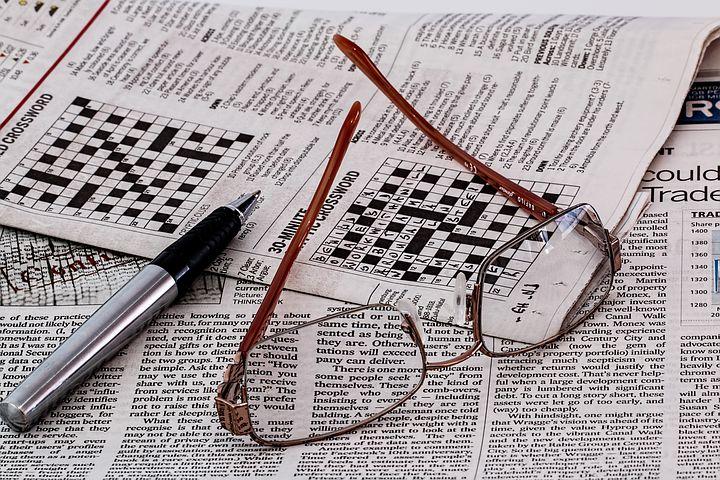 Sudoku sur papier journal