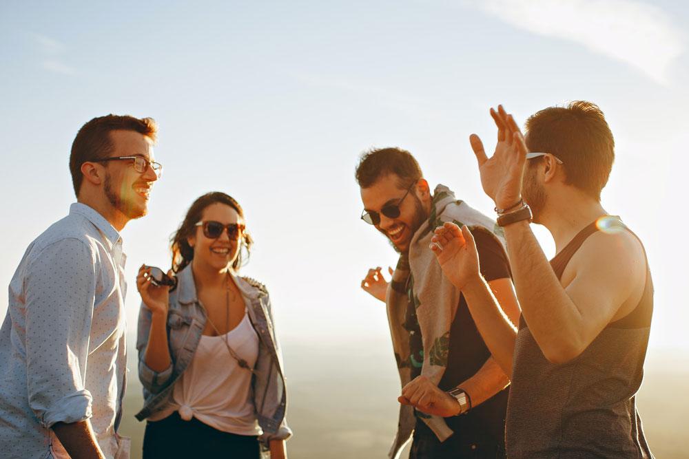 groupe étudiants en vacances